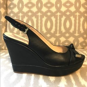 Tommy Hillfiger peep toe wedge size 7.5